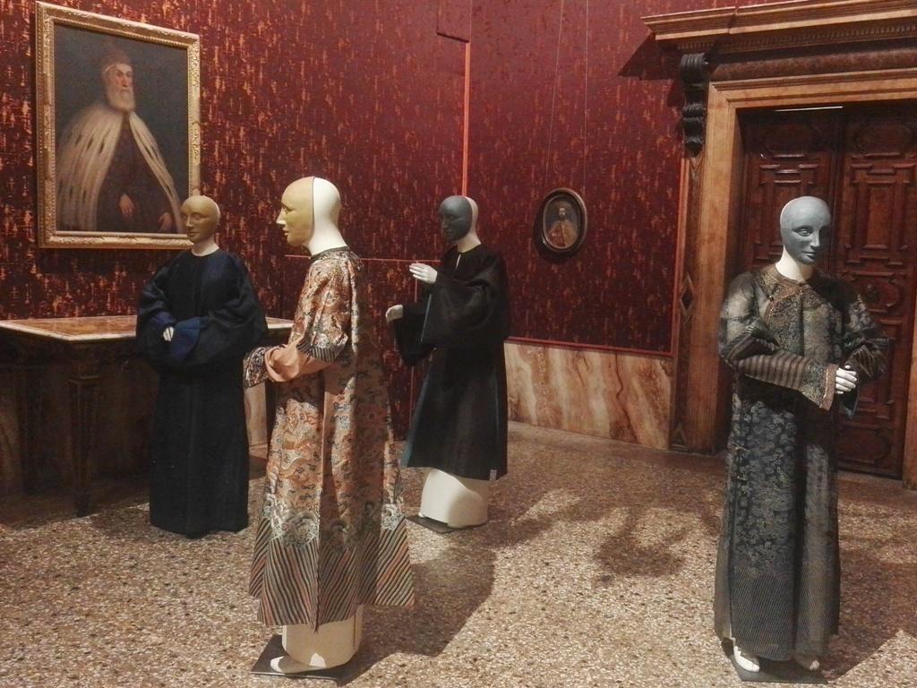 VENEZIA E L'ORIENTE. La collezione della Fondazione Venezia | Museo di Palazzo Mocenigo