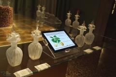 Dettaglio  del tavolo con i contenitori di essenze, Sala 17,  Museo di Palazzo Mocenigo