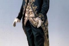 MUVE-MOCENIGO-Vestito-maschile