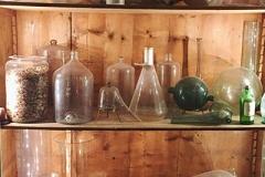 Dettaglio  del laboratorio del profumiere, Sala 14,  Museo di Palazzo Mocenigo